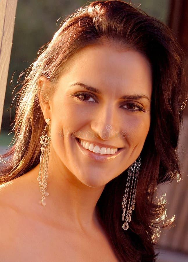 Schönes Frauenlächeln lizenzfreies stockfoto