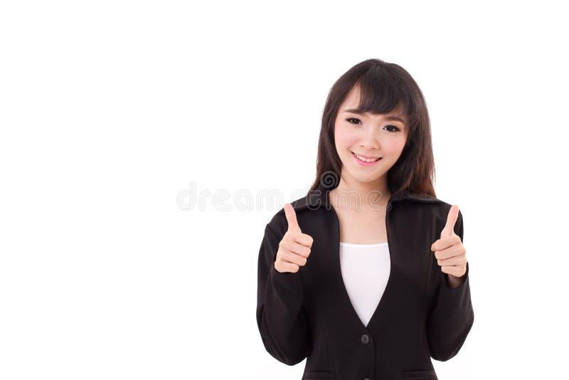 Schönes Geschäftsfraugeben, zwei Daumen zeigend lizenzfreies stockfoto