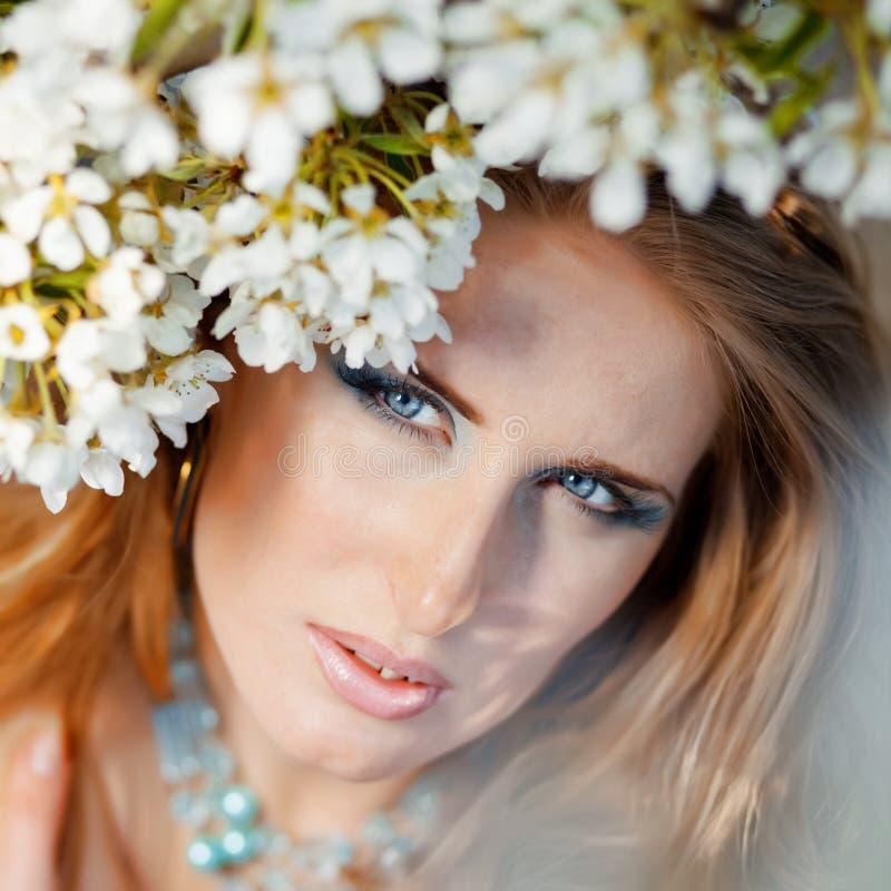 Download Schönes Gesicht stockbild. Bild von erwachsener, augen - 9076087