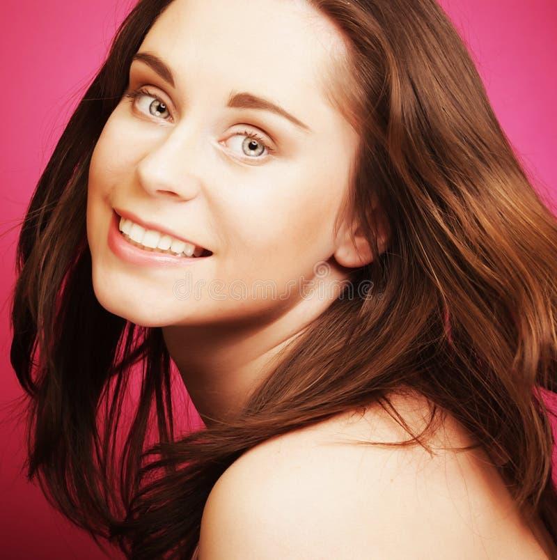 Schönes Gesicht der jungen Frau lizenzfreies stockfoto