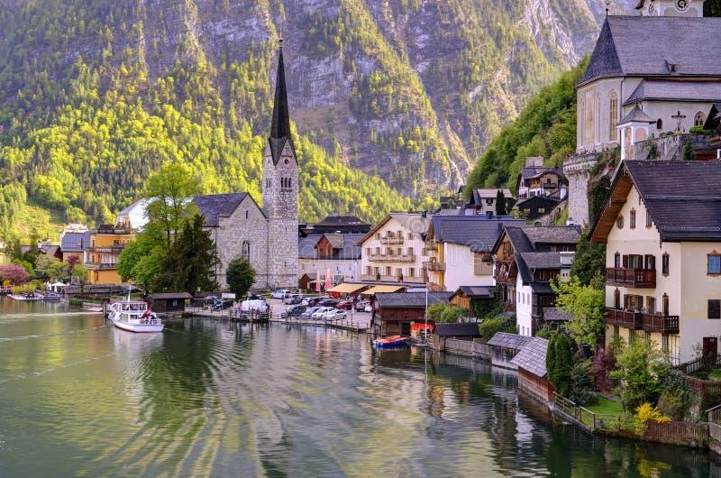 Schönes Hallstatt in Österreich lizenzfreie stockbilder