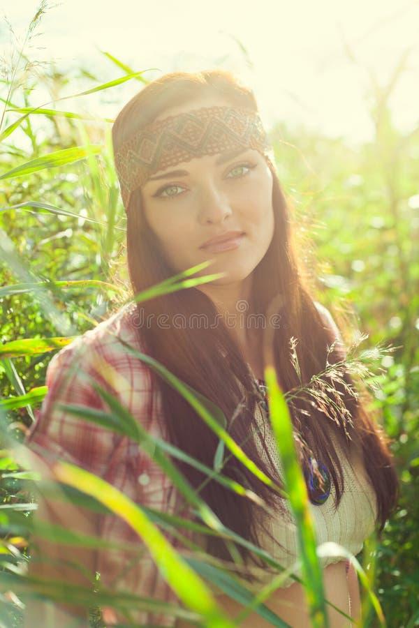Schönes Hippiemädchen stockfotos