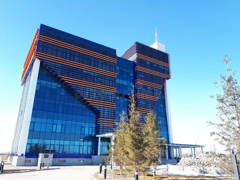 Schönes hohes Gebäude stockfoto