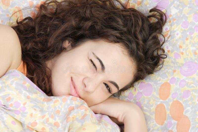 Schönes Jugendlicheschlafen lizenzfreie stockfotos
