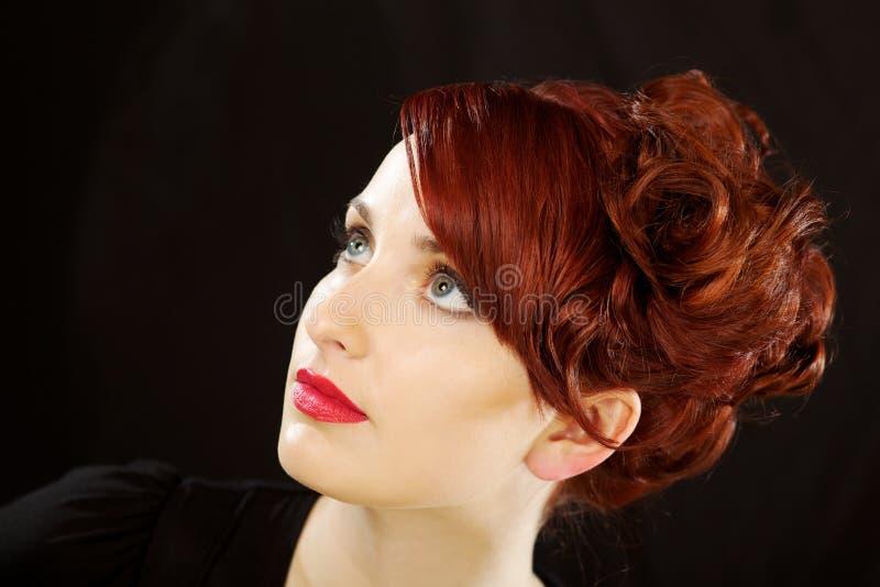 Schönes junge Frau headshot lizenzfreie stockbilder