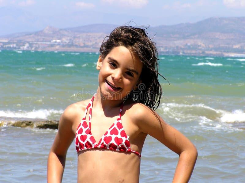 Schönes kleines Mädchen lizenzfreie stockbilder