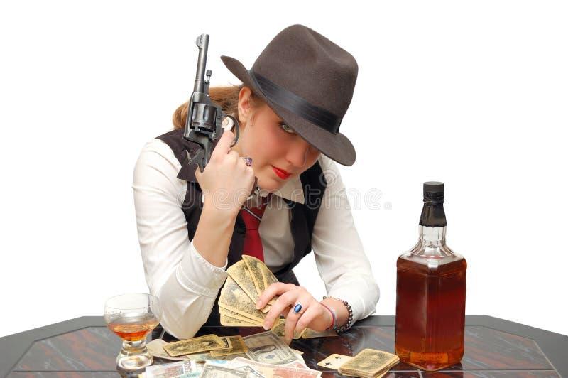 Schönes Mädchen mit Karten und Gewehr stockfotos