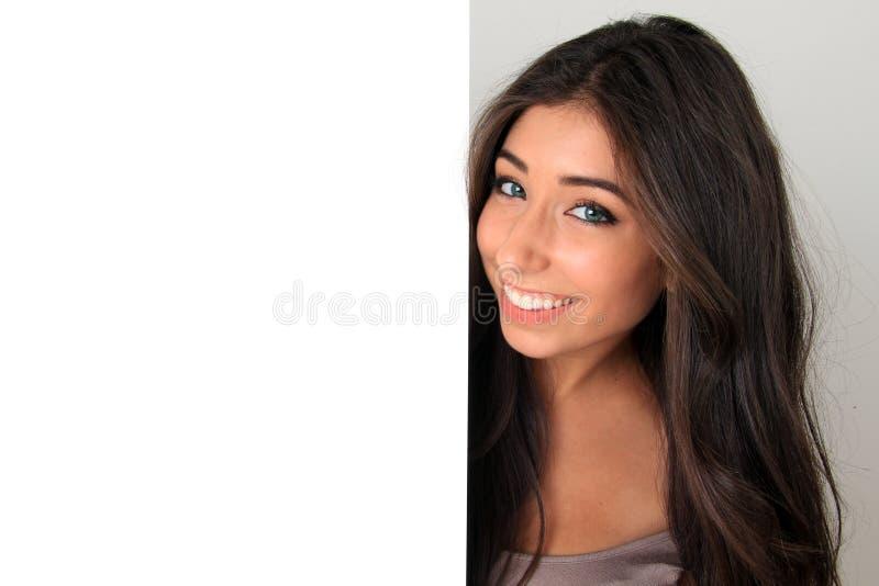Schönes Mädchen und Zeichen stockfoto