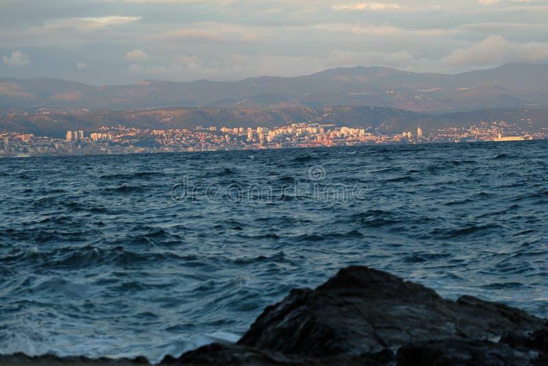 Schönes Meer Kroatiens stockfoto