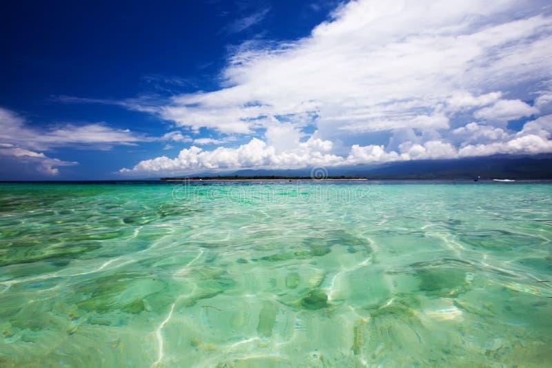 Schönes Meer und Küstenlinien, Tropen stockfoto