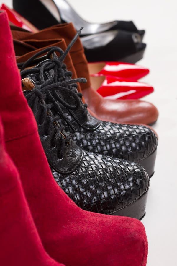 Schönes Mode women& x27; s-Schuhe stockbild
