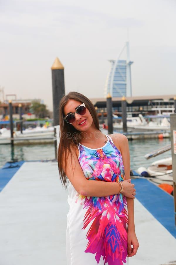 Schönes Modemädchen lizenzfreies stockfoto