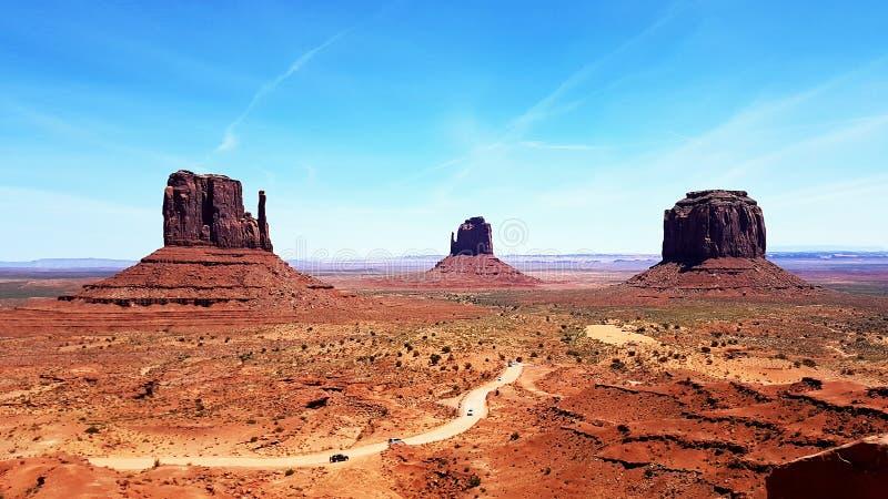 Schönes Monument-Tal in Utah in der Navajo-Reserve in den USA lizenzfreies stockbild