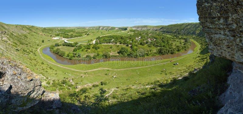Schönes Panorama der Moldaulandschaft lizenzfreies stockfoto