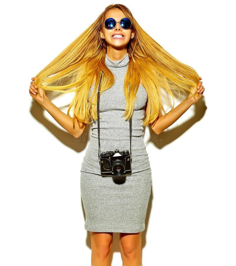 Schönes stilvolles Hippie-Modell im Studio stockfoto