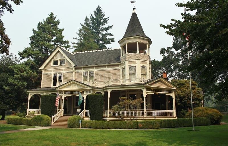 Schönes viktorianisches Haus stockfotografie
