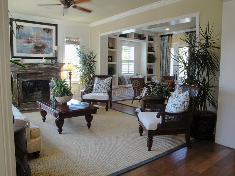 Schönes Wohnzimmer schönes wohnzimmer stockbild bild architektur stühle 9548589