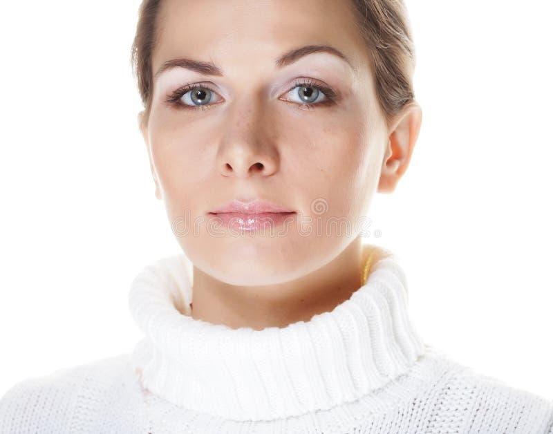Schönes woman& x27; s-Gesicht mit sauberer Haut lizenzfreies stockfoto