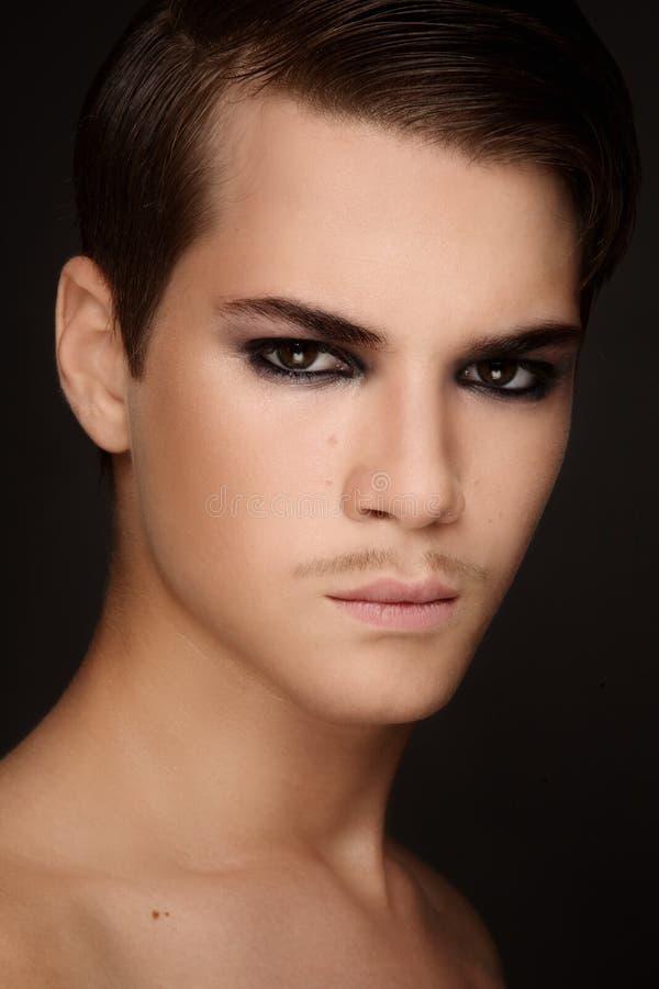 Schönheit der Männer lizenzfreies stockbild