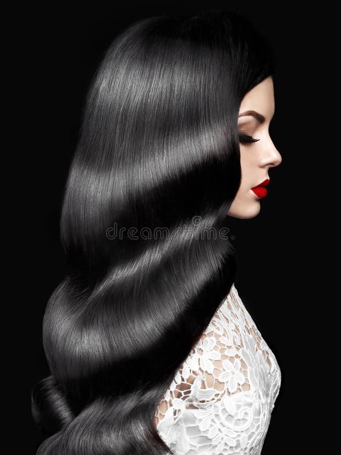 Schönheit mit Frisur Hollywood-Welle lizenzfreie stockfotografie