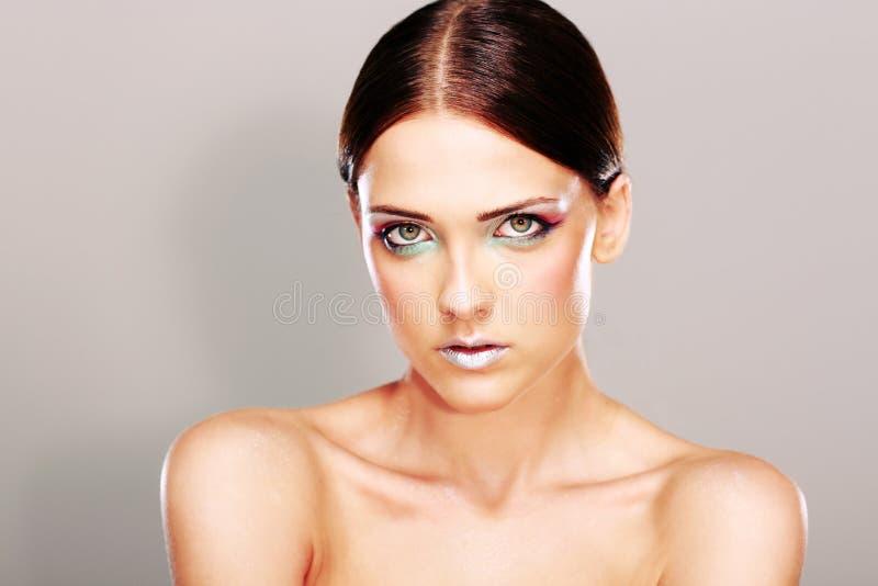 Schönheit mit reizender frischer Haut stockfoto