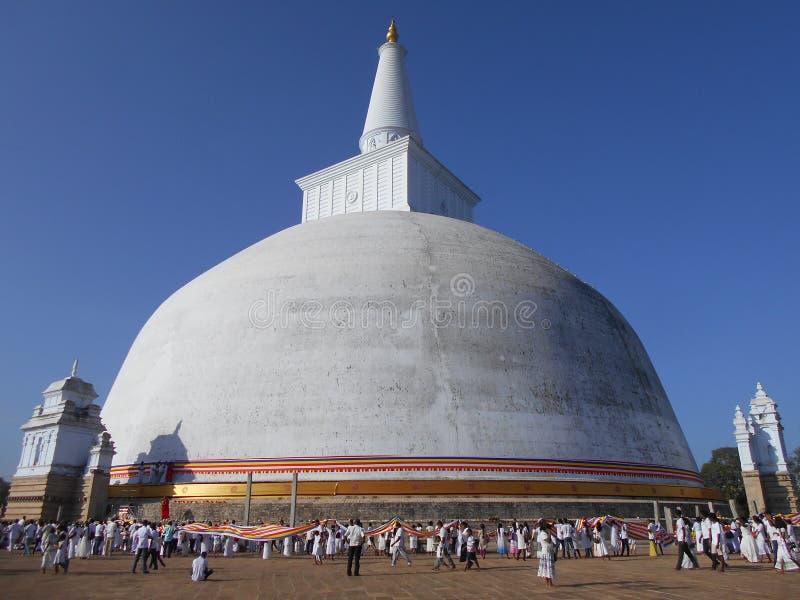 Schönheits-Natur-Buddha-anuradhapura ruwanweli Maha-seya stockfotos