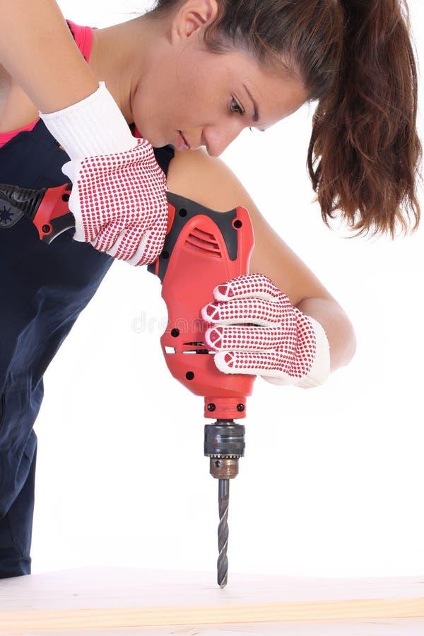Schönheitsfrau mit Schneckenwelle lizenzfreie stockbilder