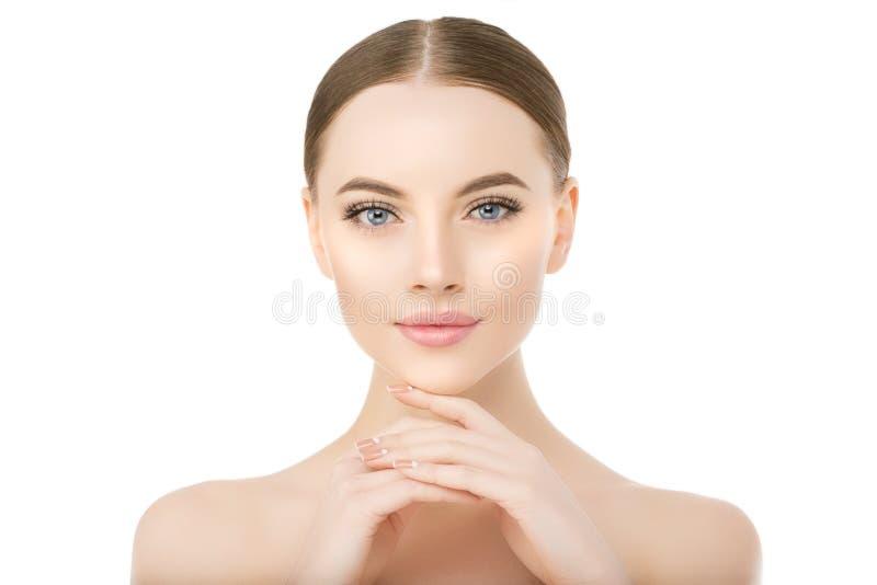 Schönheitsgesichtsabschluß herauf Studio auf weißem Schönheitsbadekurortmodell f lizenzfreie stockfotografie