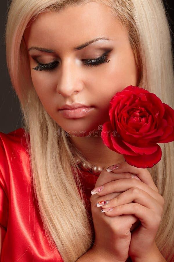 Schönheitsmädchen lizenzfreies stockfoto