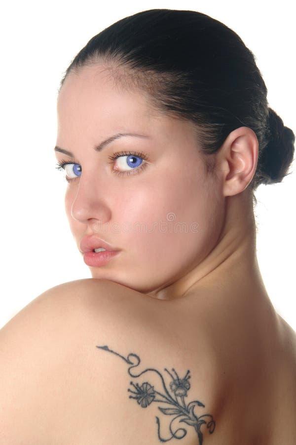 Schönheitsportrait der jungen Frau stockfotografie