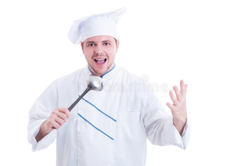 Schöpflöffel, die halten und Koch oder Chef, singen lizenzfreies stockbild