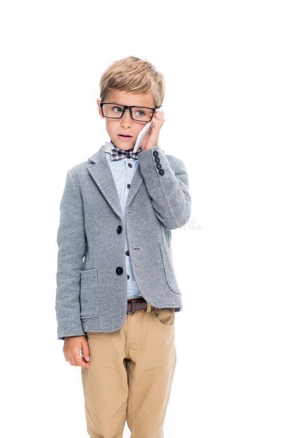 Schüler, der telefonisch spricht lizenzfreie stockfotos