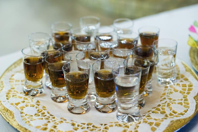 Schüsse des alkoholischen Getränks lizenzfreie stockfotos