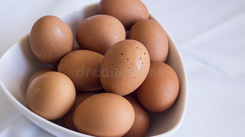 Schüssel Eier lizenzfreies stockfoto
