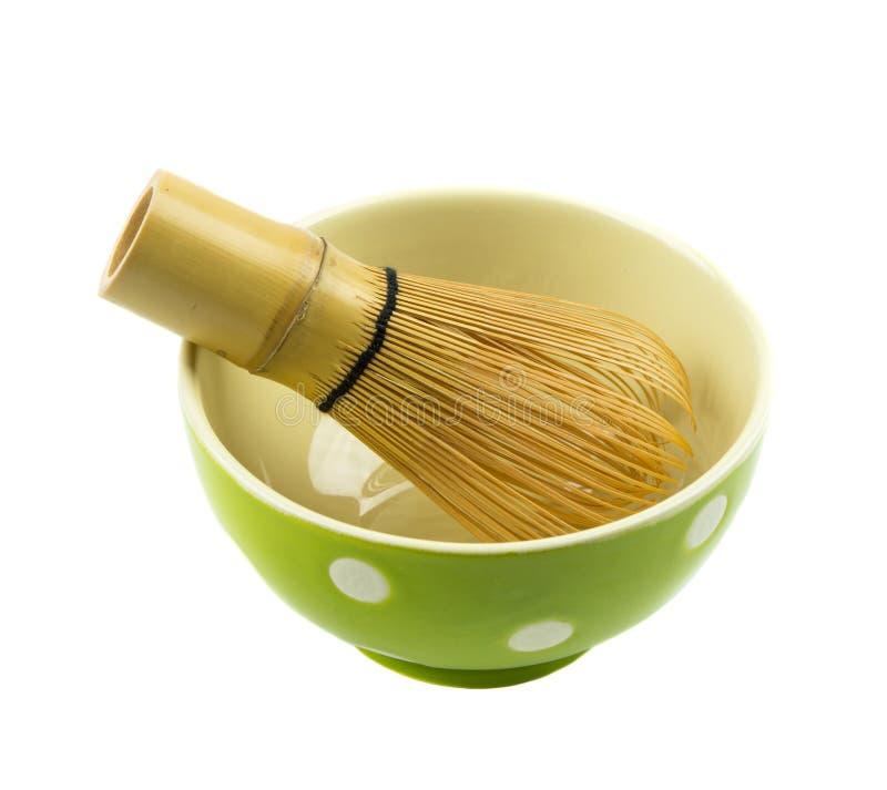 Schüssel und Werkzeug für japanische Vorbereitung des grünen Tees stockbild