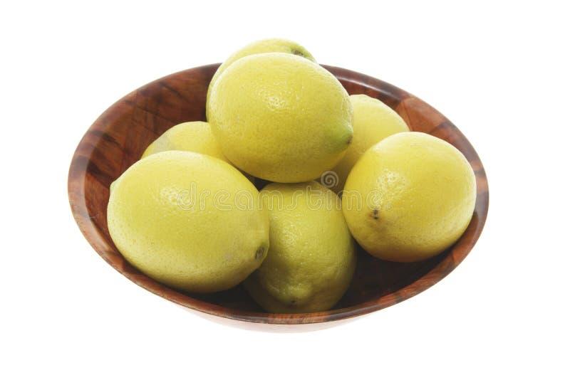 Schüssel Zitronen stockbild