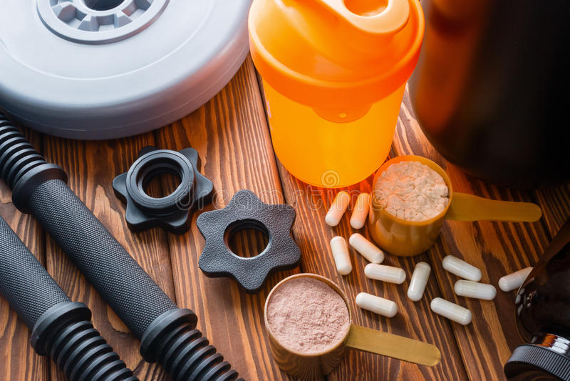 Schüttel-Apparat, Halsdummköpfe, Protein und Aminosäuren lizenzfreie stockfotos