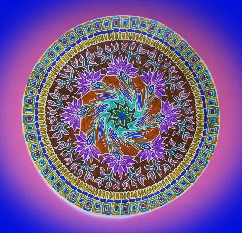 Sch?ne farbige Verzierungen auf Papier, Aussehung wie Mandala, Litauen lizenzfreie stockfotografie