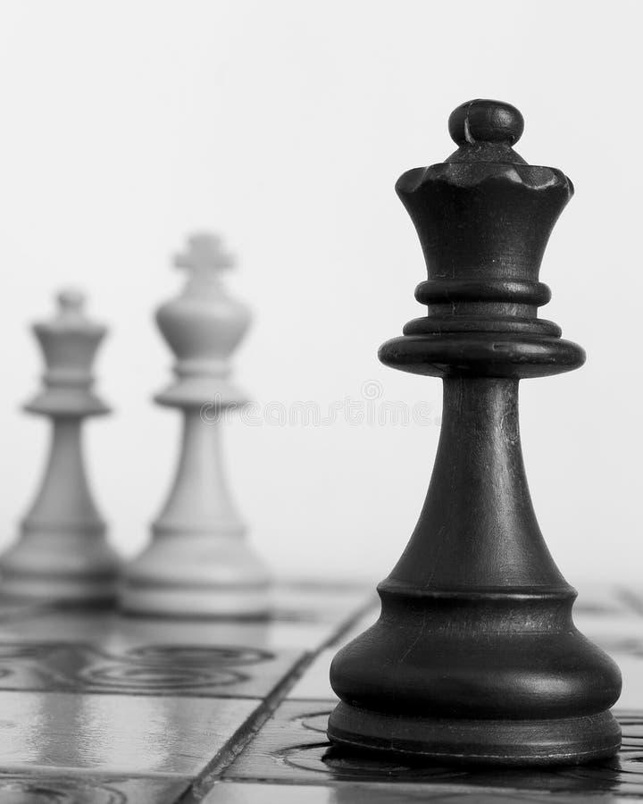 Download Schaak op een schaakbord stock foto. Afbeelding bestaande uit blur - 107701630