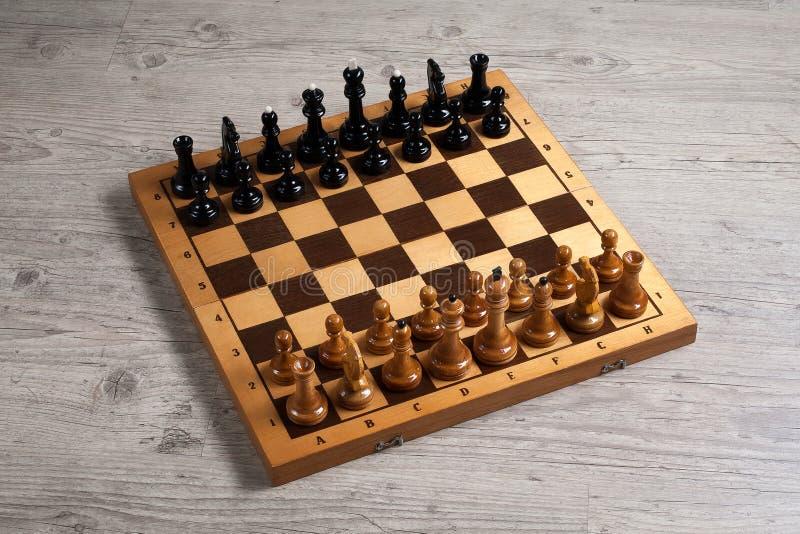 Schaak Zwart-witte de slag van de schaakraad stock afbeelding