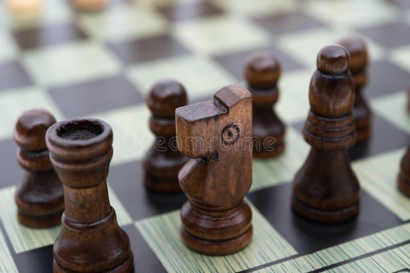 Schaakraad met zwart schaak royalty-vrije stock foto's