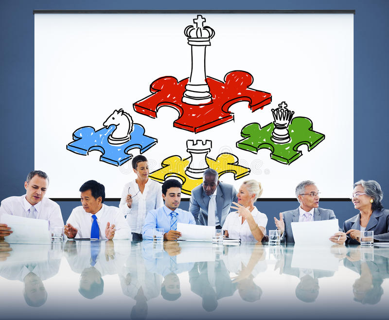 Schach kümmerte sich um Spiel-Taktik-Führungs-Strategie-Konzept stockfotografie