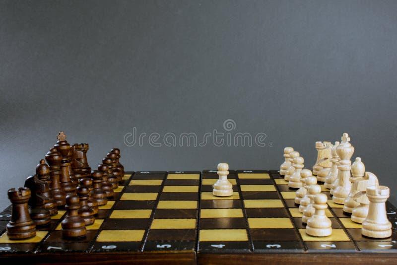 Schachbrett mit gesetzten Zahlen stockfoto