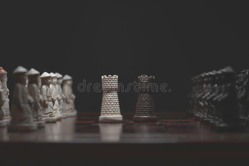 Schachfiguren vertraulich stockfoto