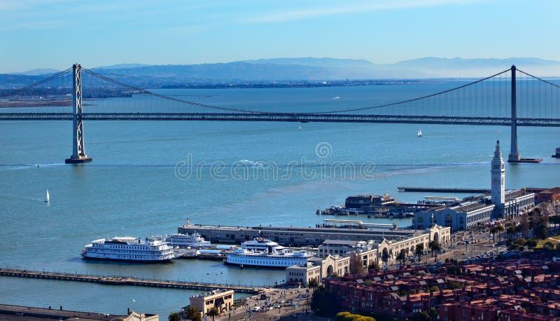 Schacht-Brücken-Fähre-Terminal San Francisco Kalifornien lizenzfreie stockbilder