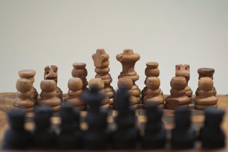 schack skjutit av schack schackbräde och bokeh arkivbilder