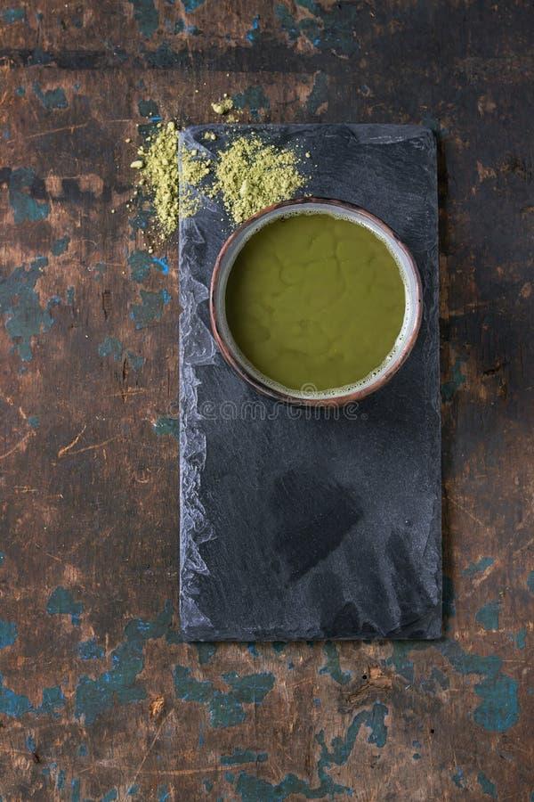 Schale matcha Tee stockfoto