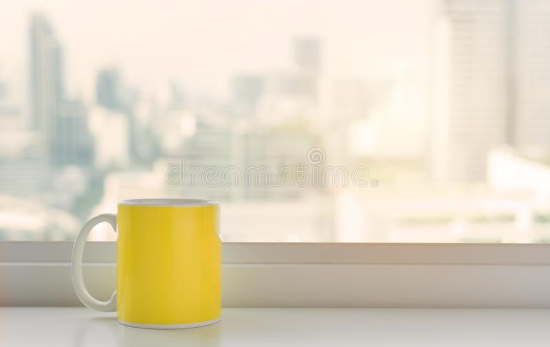 Schale rosa Kaffee lizenzfreies stockbild