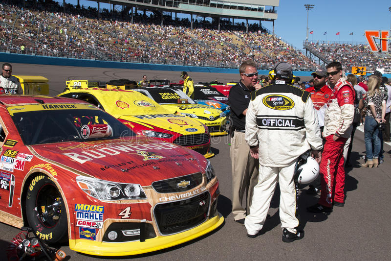 Schalen-Verfolgungsfahrer Kevin Harvicks NASCAR Sprint Auto stockfoto