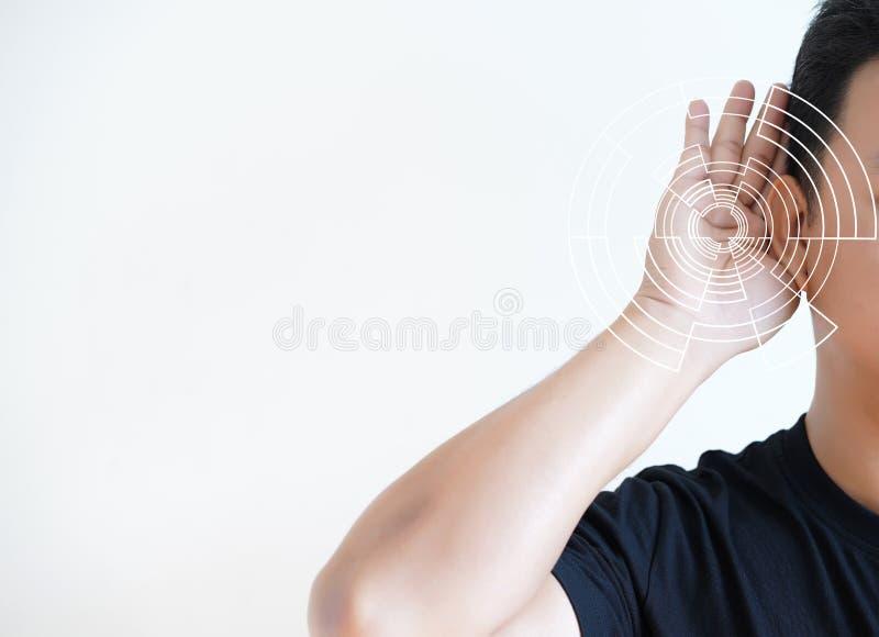 Schallwellesimulationstechnik des Verlusts der Hörfähigkeit des jungen Mannes hören lizenzfreies stockfoto